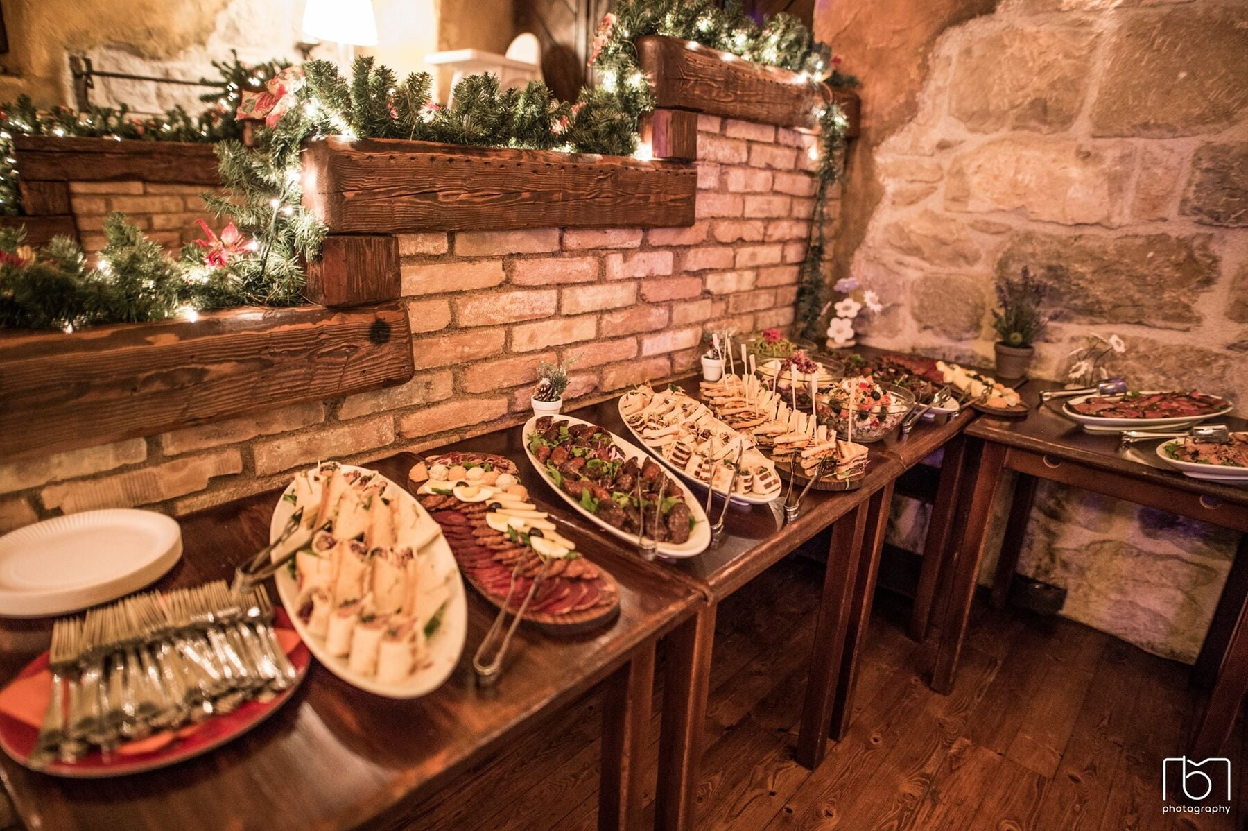 Croatian food: Traditional wedding menu in Dalmatia (photo by: Konoba Matoni)